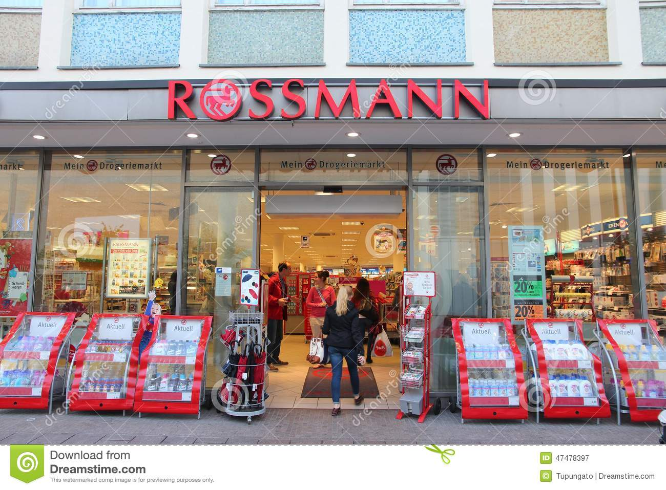 rossmann speicher redaktionelles stockfotografie bild von gesch ft 47478397. Black Bedroom Furniture Sets. Home Design Ideas
