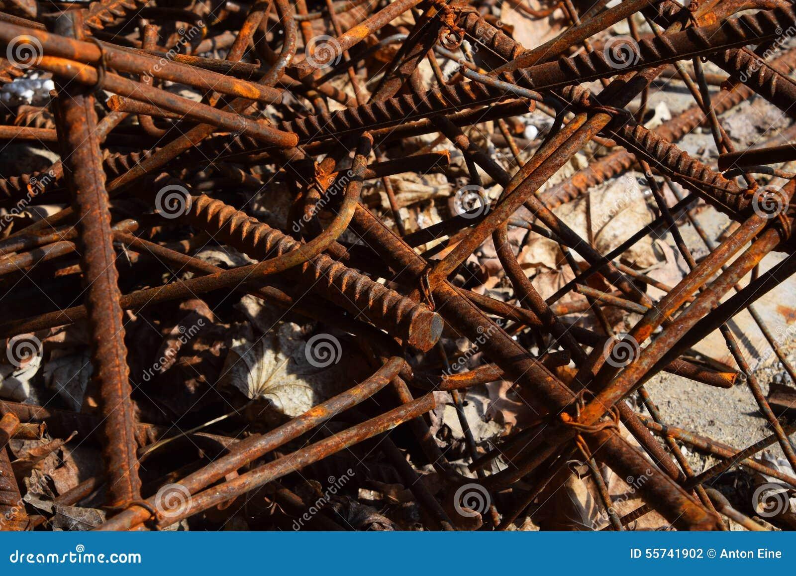 Rostige Korrodierte Befleckte Metallstücke: Draht, Installation ...