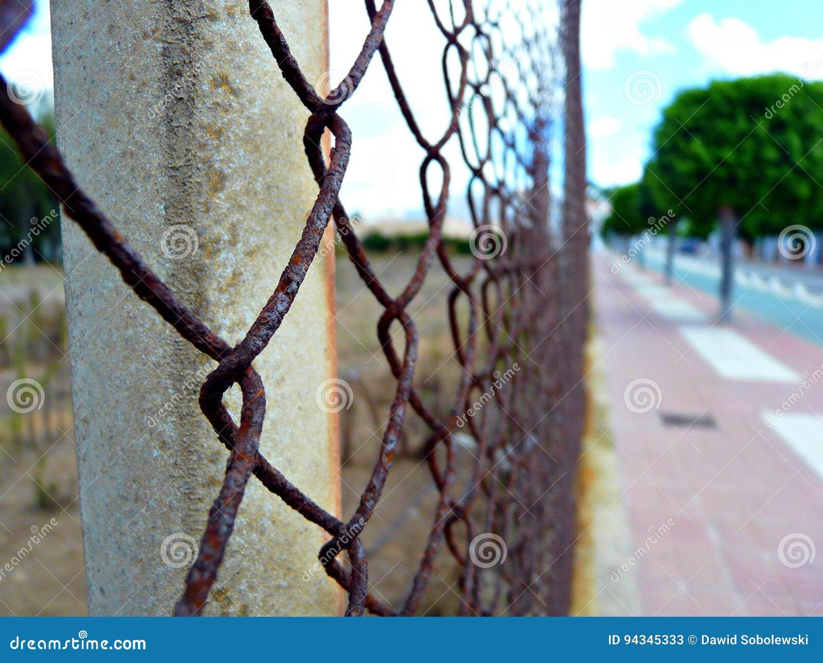 Rostiger Zaun Im Dienstturnus Spanien Stockbild Bild Von Wild