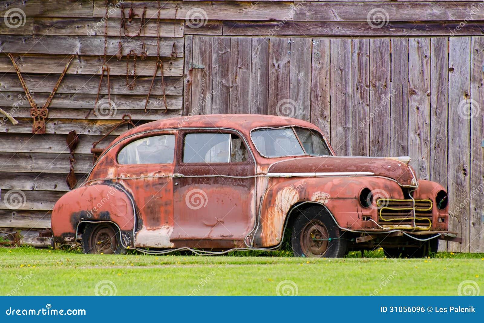 rostiges altes auto stockfoto bild von fahrzeug klassisch 31056096. Black Bedroom Furniture Sets. Home Design Ideas