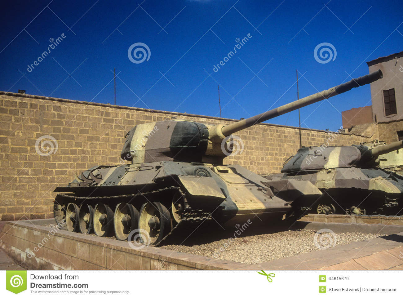 Russian tank t34 royalty free stock images image 23498479 - Royalty Free
