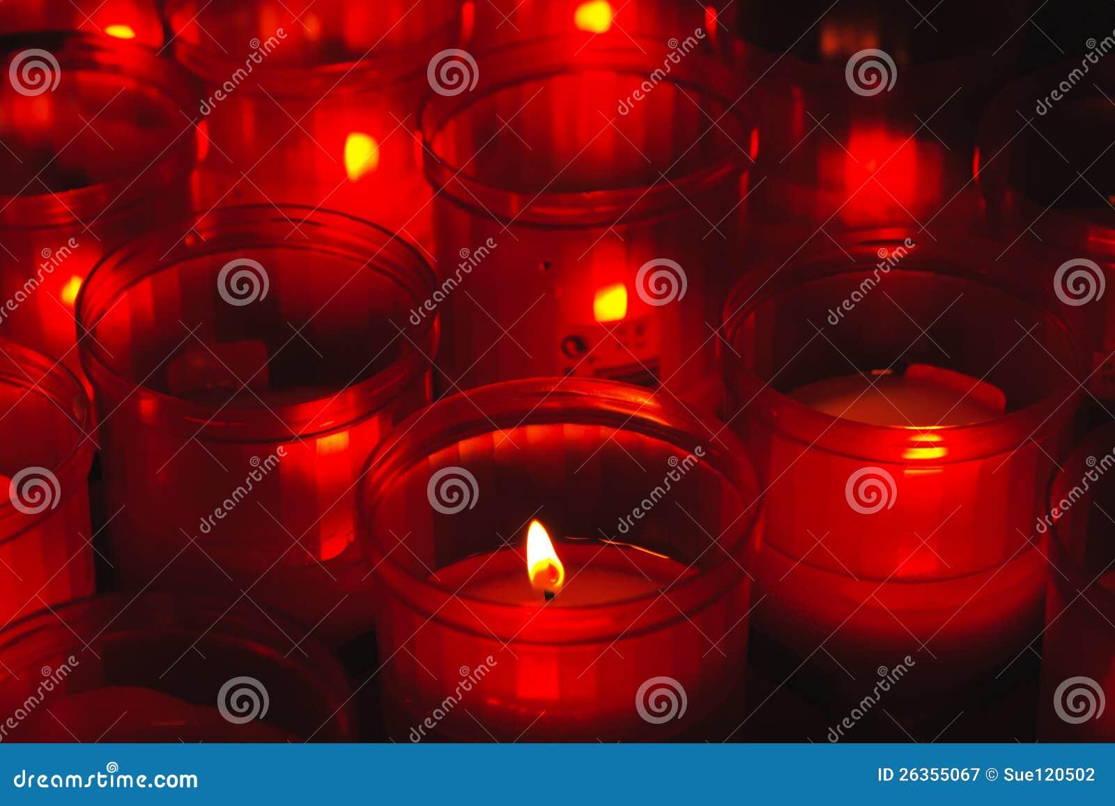Rot und Feuer votive