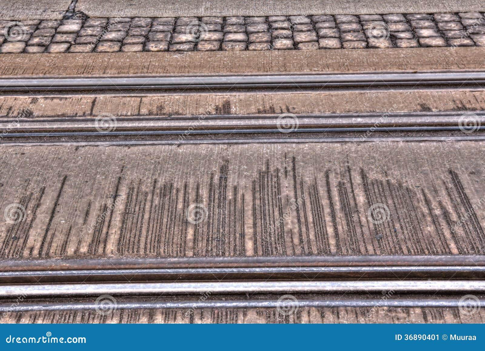Download Rotaie del tram immagine stock. Immagine di guida, rotaie - 36890401