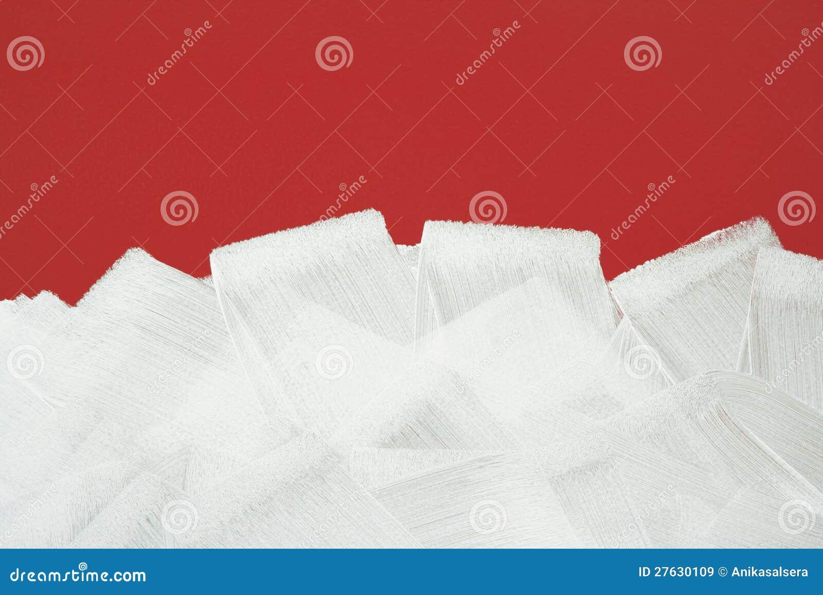 Rote Wand gemalt im Weiß mit Lackrolle