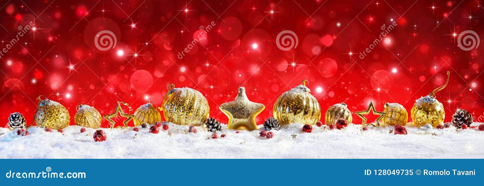 Rote Weihnachtsfahne - goldene Bälle und Flitter