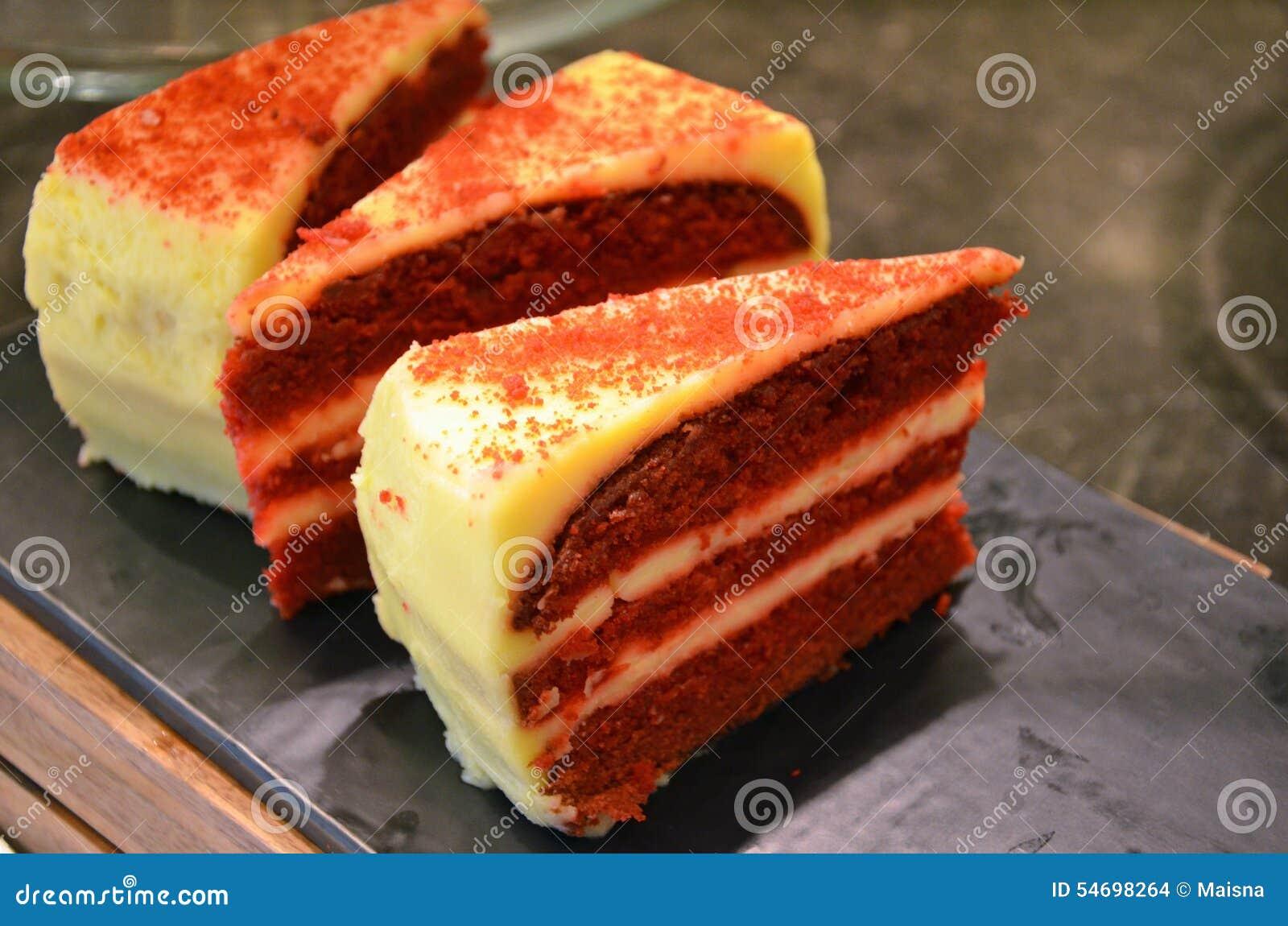 roter kuchen stockfoto bild von nachmittag schokolade 54698264. Black Bedroom Furniture Sets. Home Design Ideas