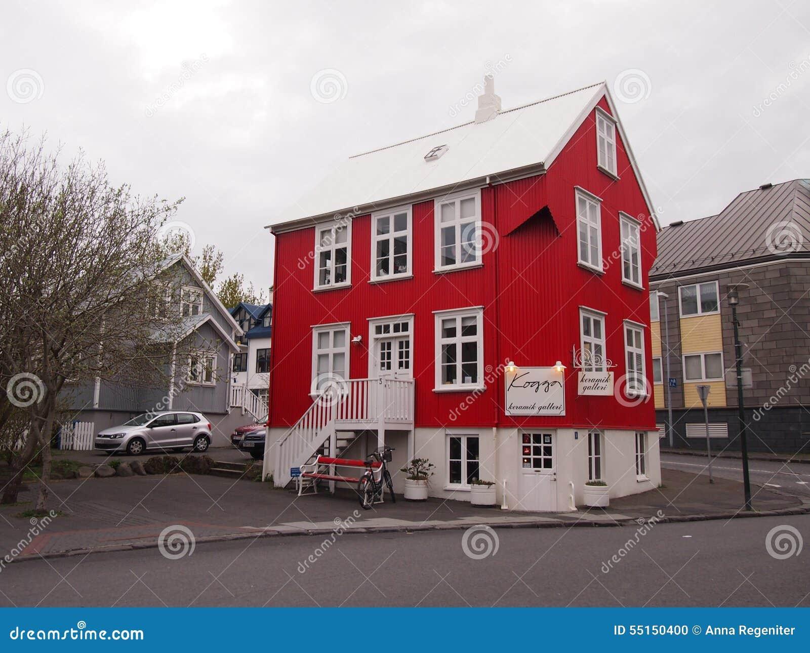Rotes Haus Reykjavik Island