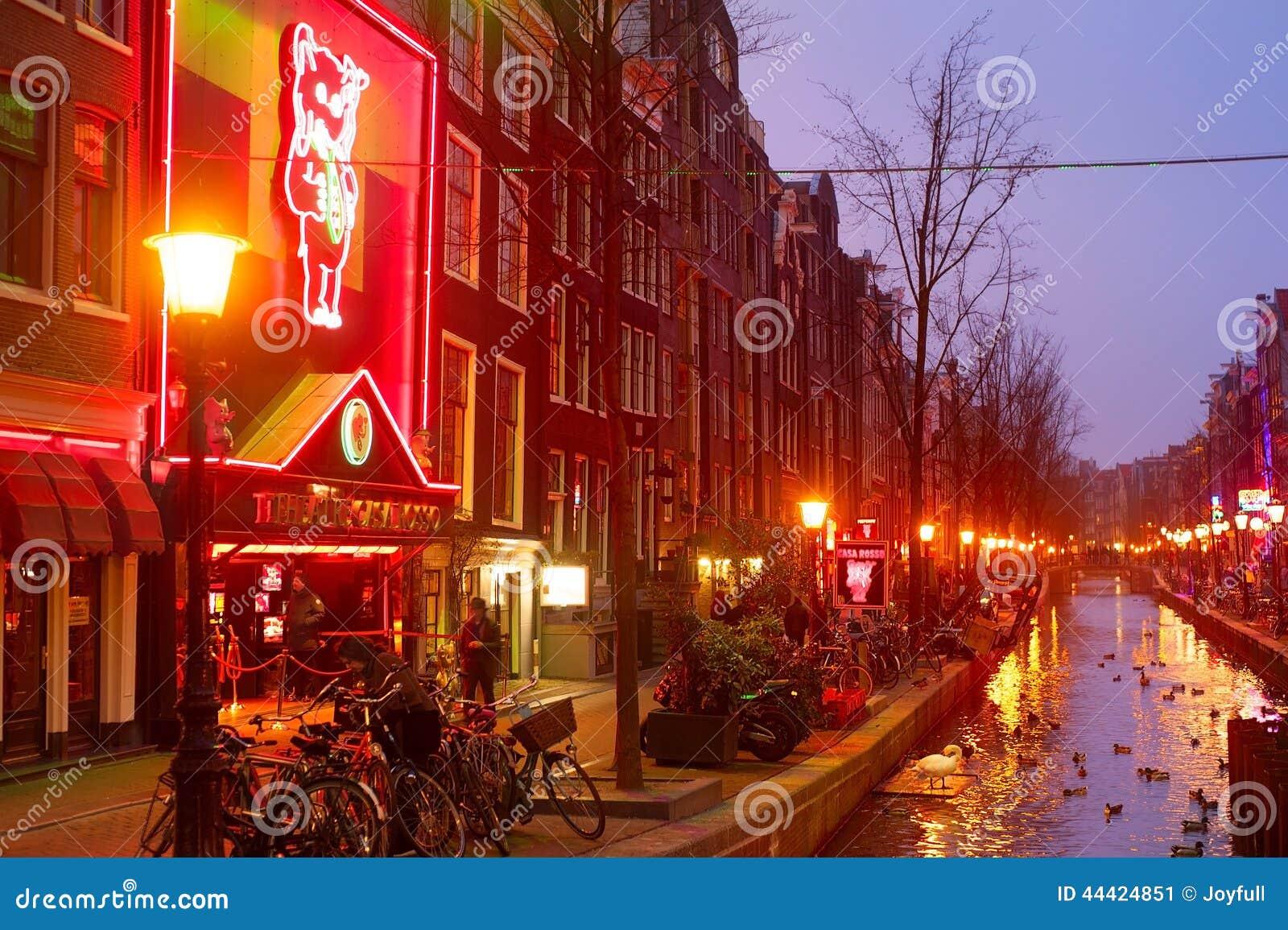 Licht Tour Amsterdam : Rotes licht amsterdam redaktionelles foto bild von erwachsener