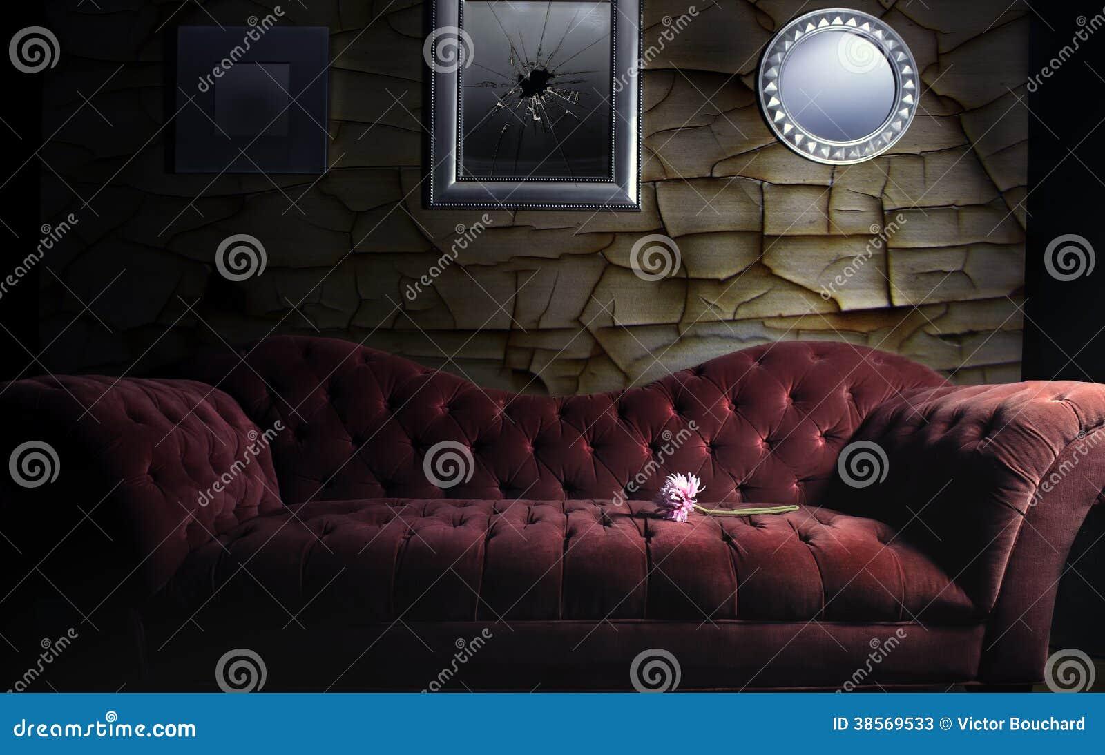 rotes samt sofa stockfotos bild 38569533. Black Bedroom Furniture Sets. Home Design Ideas