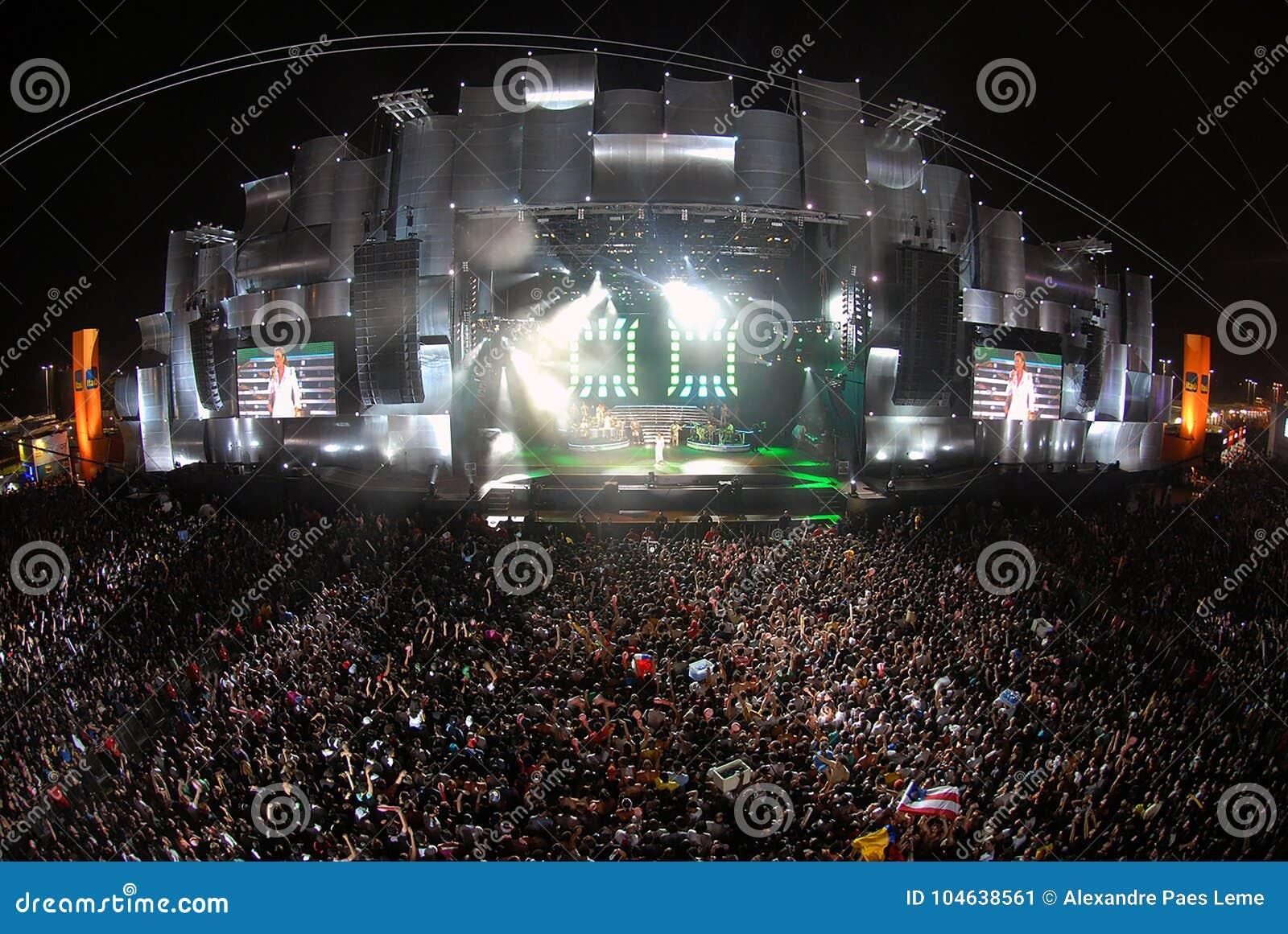 Download Rots in Rio 2011 redactionele foto. Afbeelding bestaande uit wereld - 104638561