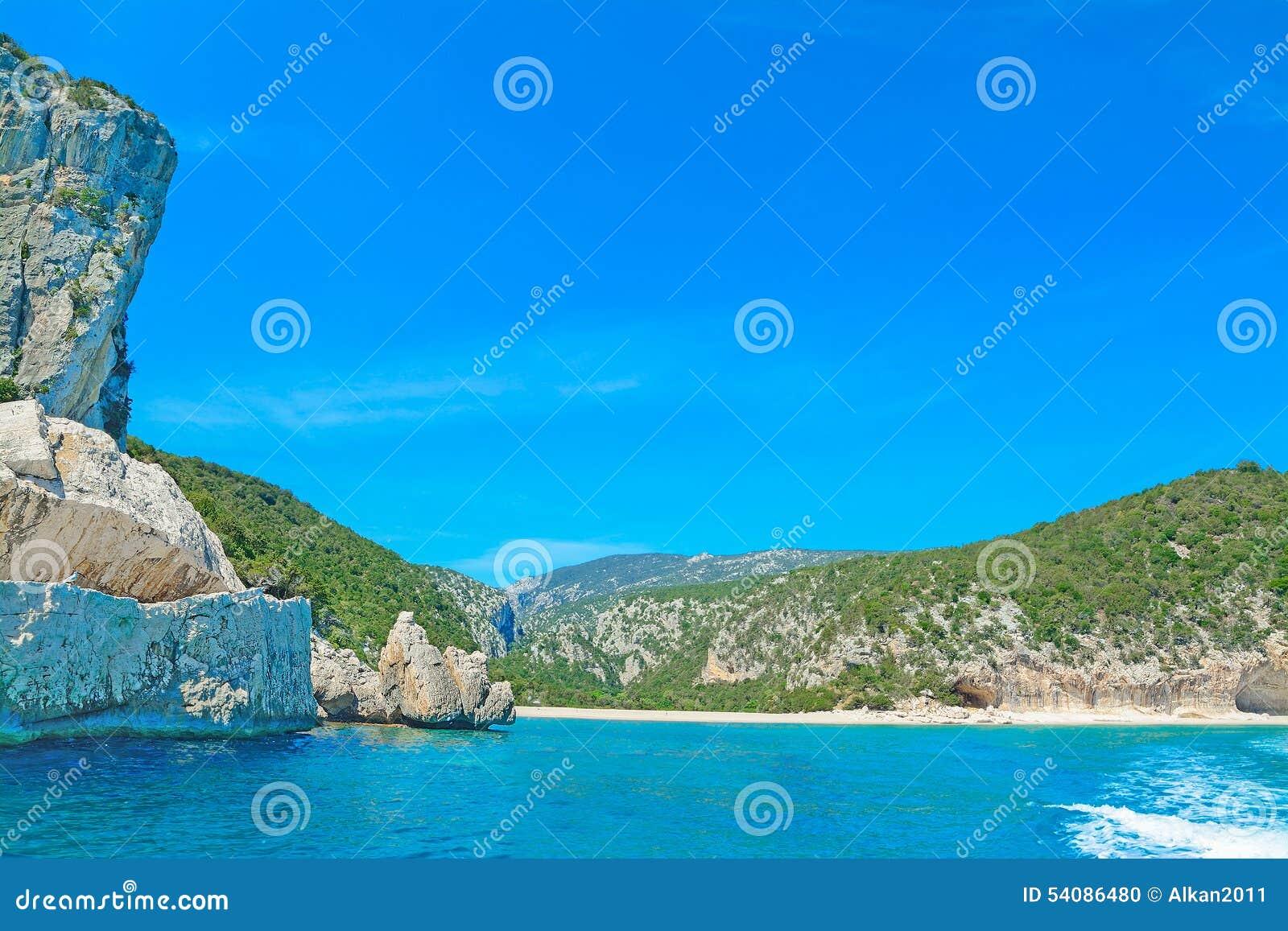 Rotsachtige kust in Orosei-Golf