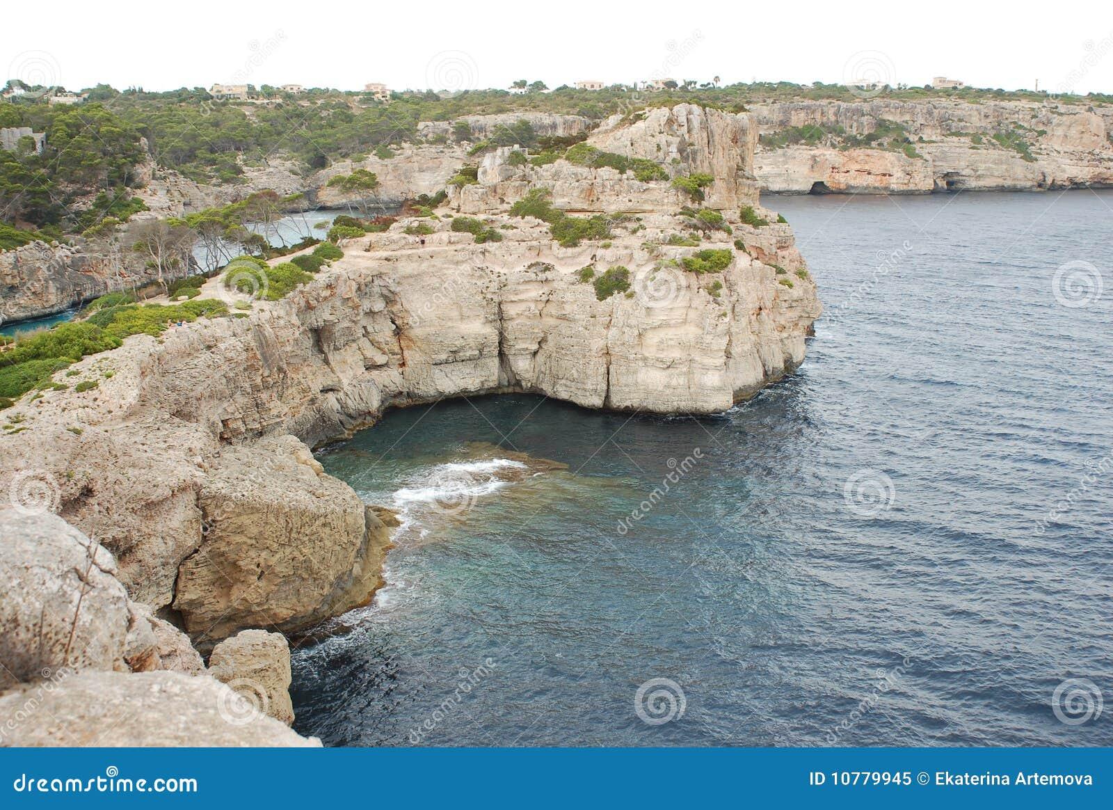 Rotsachtige kust van Mallorca