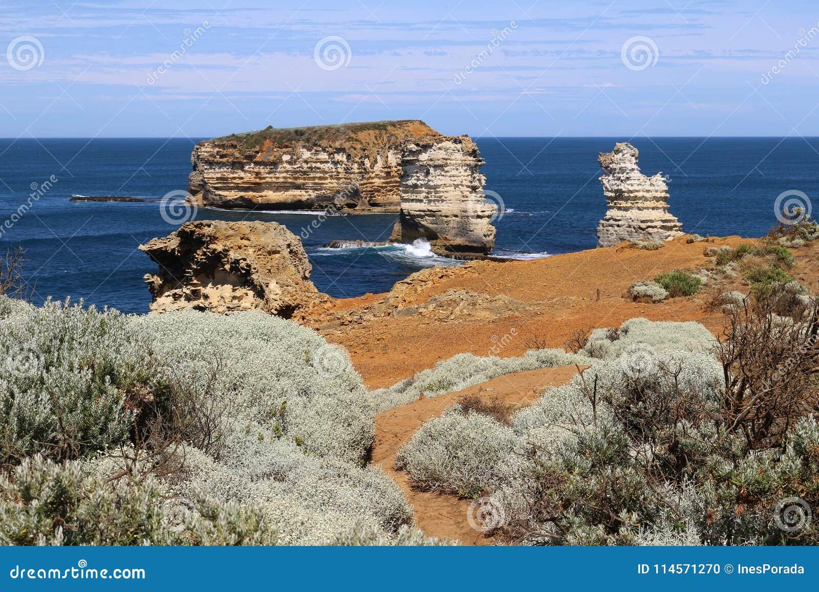 Rotseilanden in de Baai van Martelaren bij de Grote Oceaanweg, Victoria, Australië