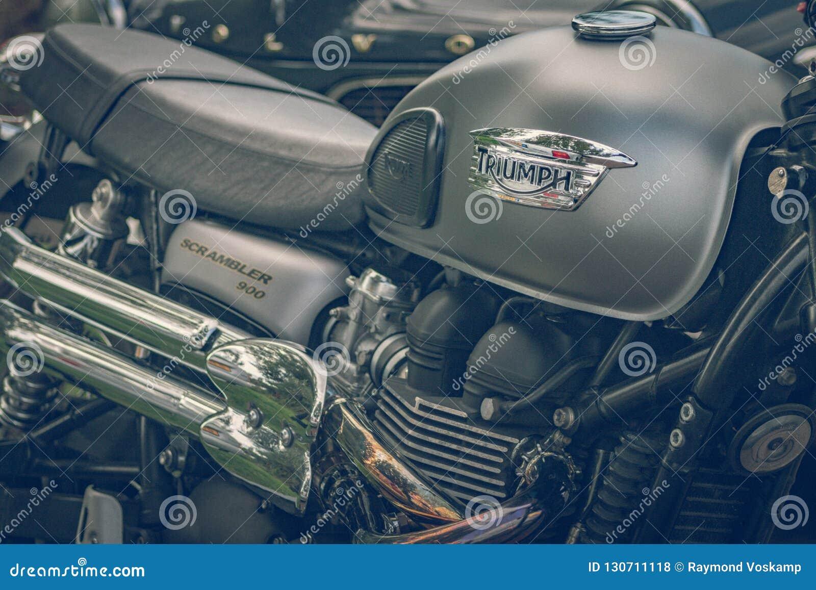 ROTTERDAM, PAÍSES BAIXOS - 2 DE SETEMBRO DE 2018: As motocicletas são shini