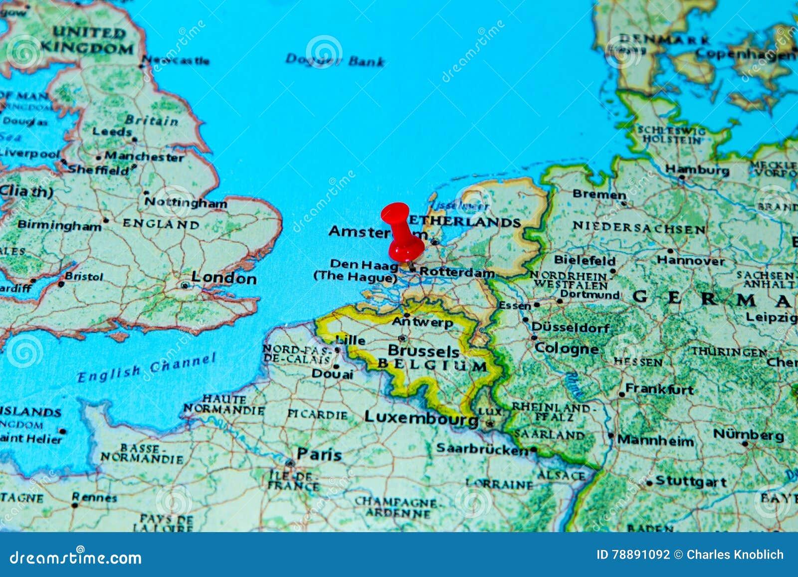 Carte Europe Pays Bas.Rotterdam Pays Bas A Goupille Sur Une Carte De L Europe Photo Stock