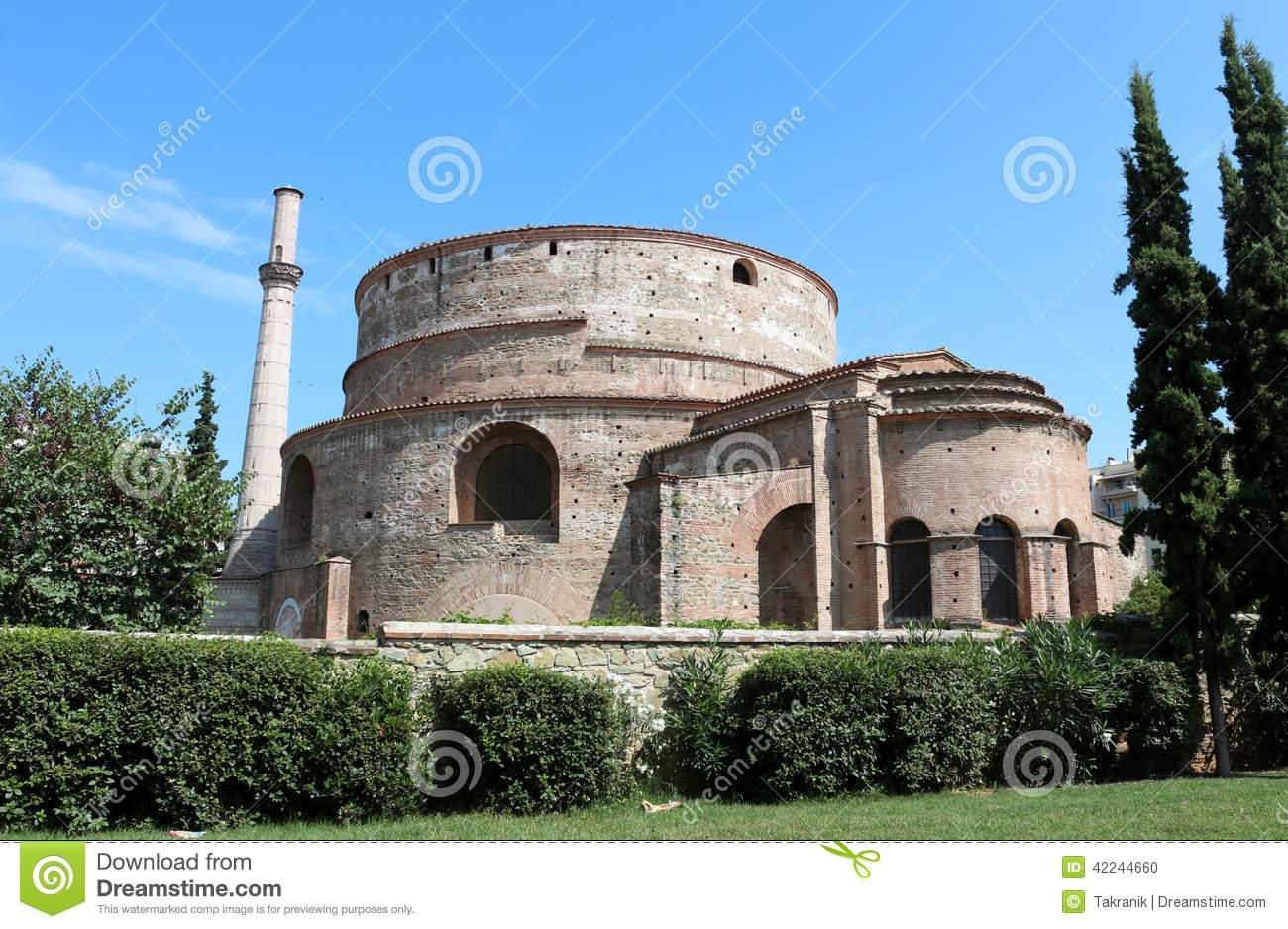 The rotunda is a temple, mausoleum or arbor 38