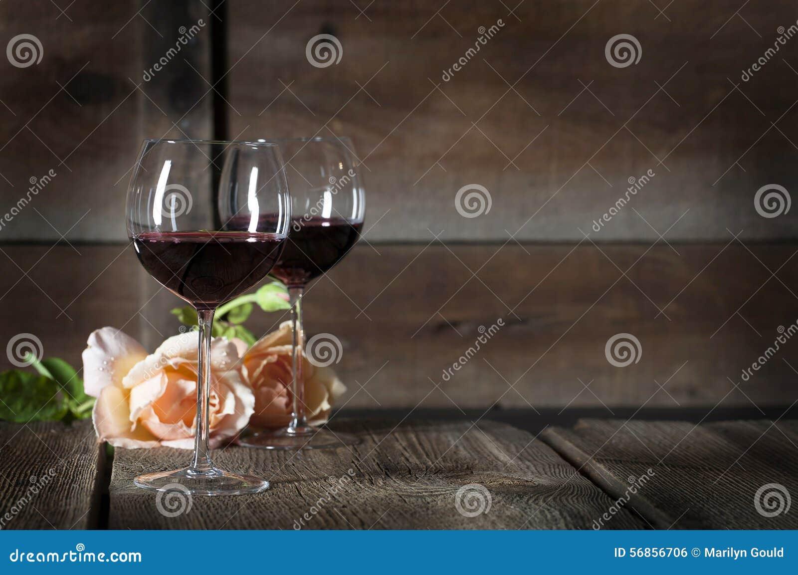 Rotwein in Gläsern 2