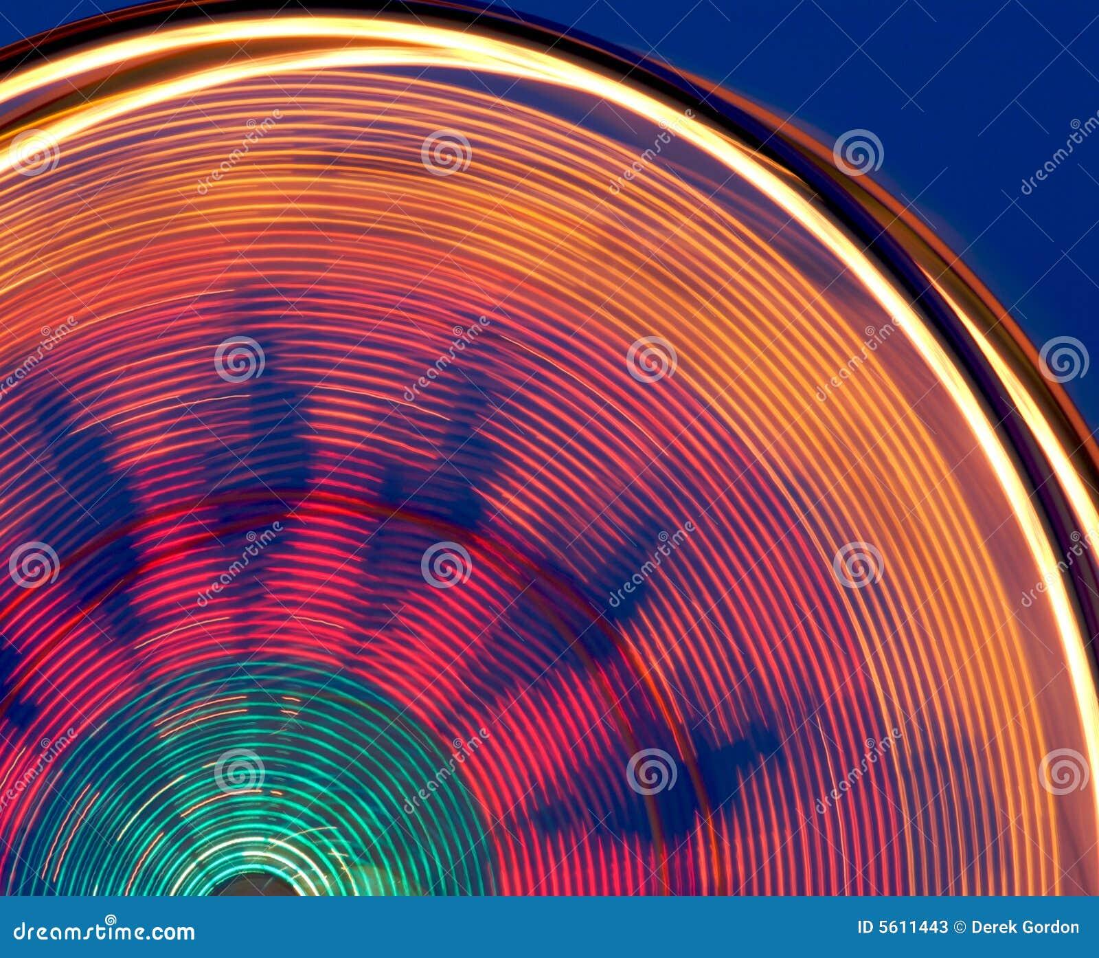 Roue de Ferris colorée de carnaval