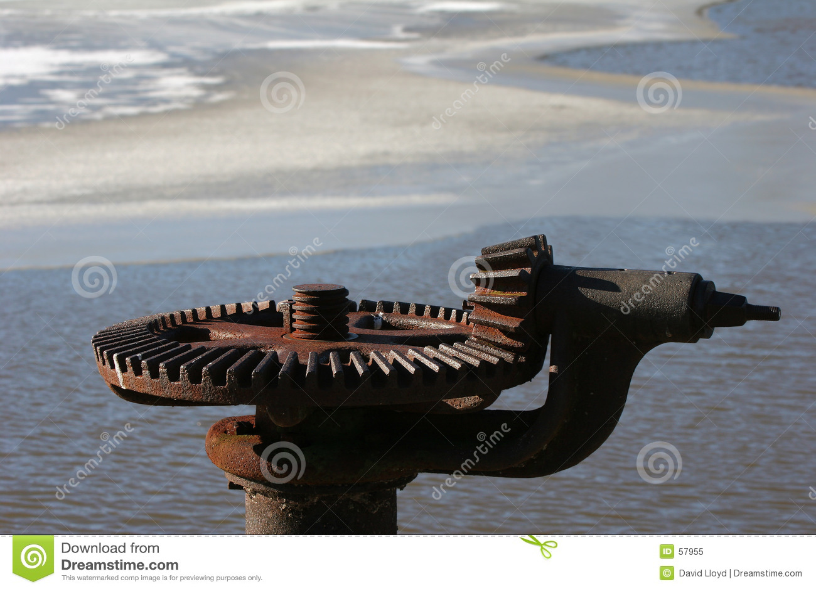 Download Roue dentée image stock. Image du congelé, carnegie, glace - 57955