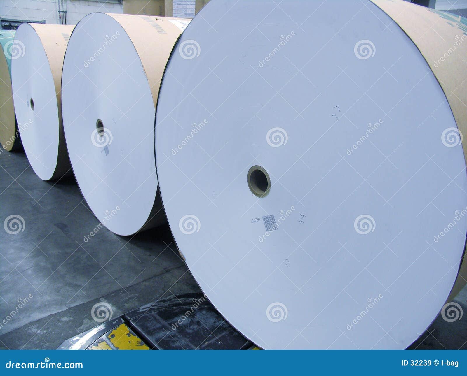 Roulis énormes de papier