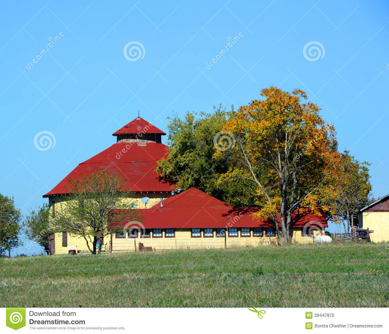 Round Barn with Shingle Roof