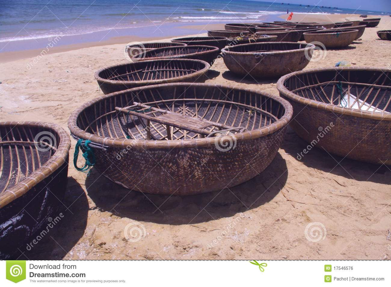 Round basket boat stock photo. Image of typical, braided - 17546576
