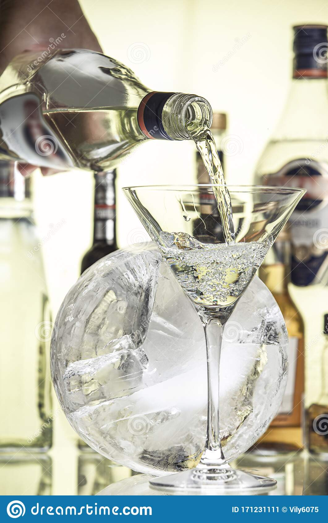 Round Block Of Ice And A Glass Of Dry Martini Stock Image Image Of Tall Pour 171231111