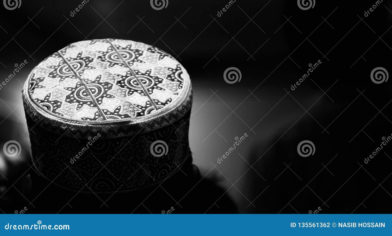 round shape muslim cap unique photo