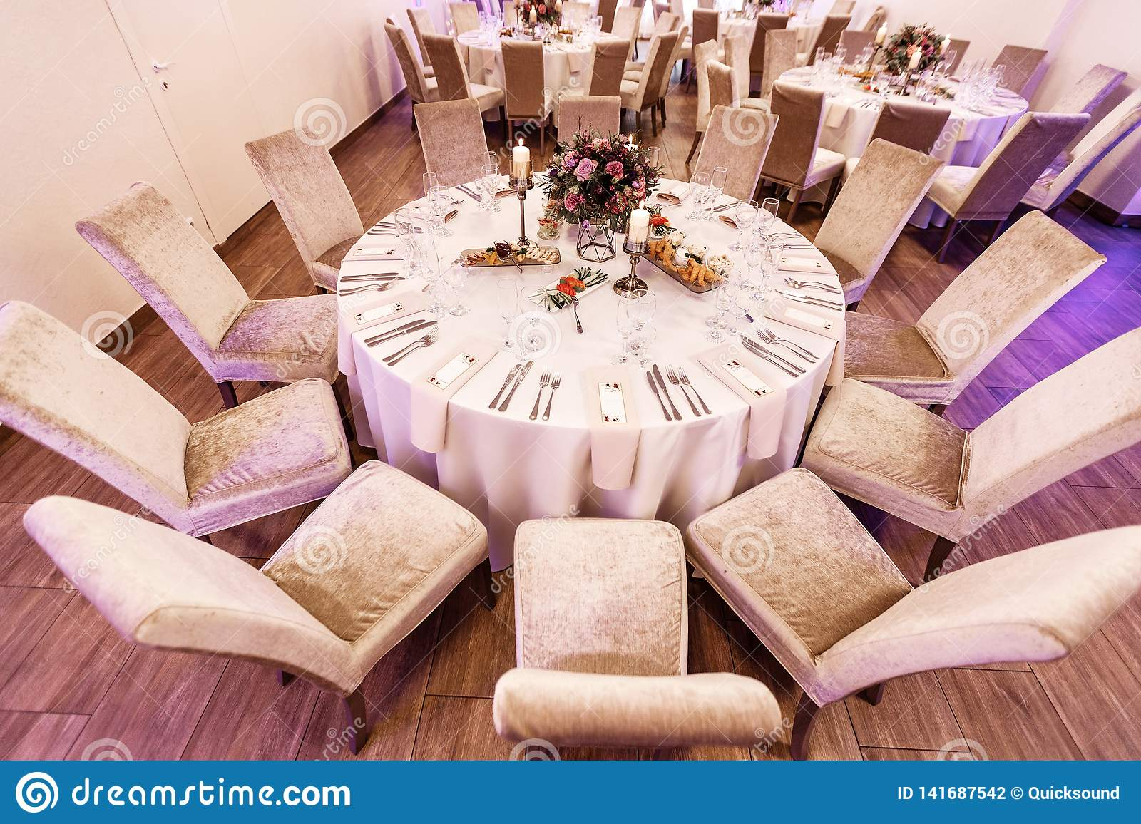 Pleasing Round Table Set With Floral Centerpiece For Wedding Best Image Libraries Weasiibadanjobscom