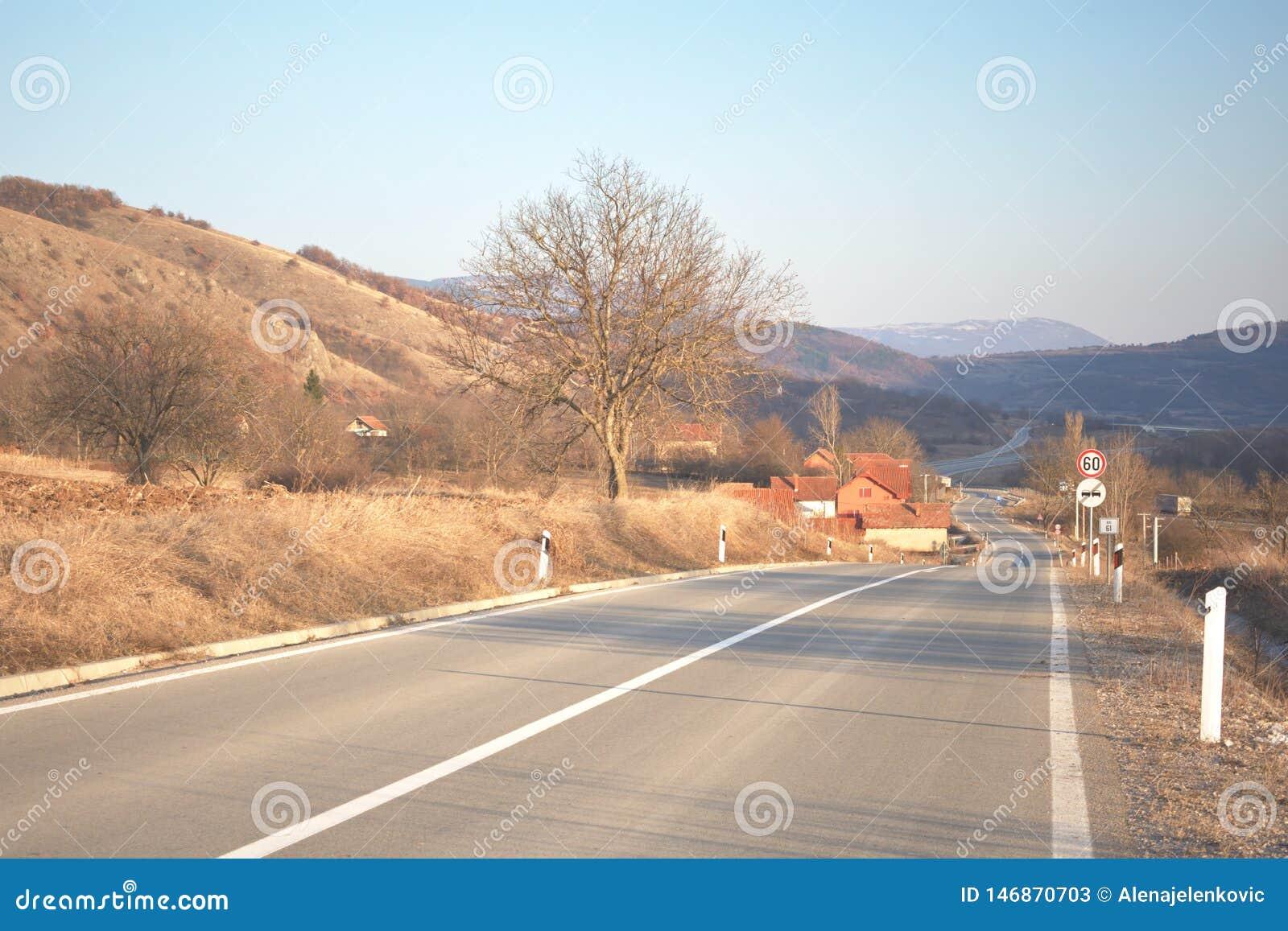 Route d enroulement par le petit village