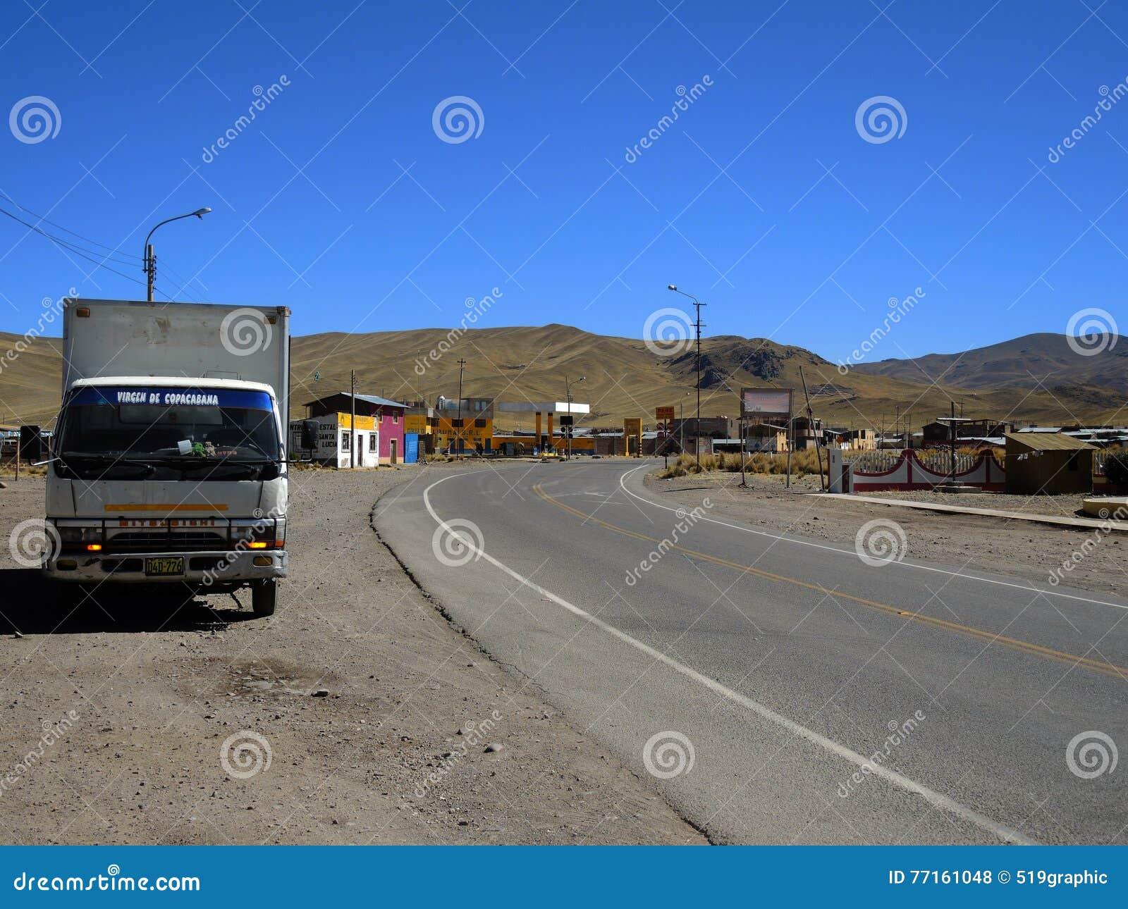 Route dans Puno, Pérou