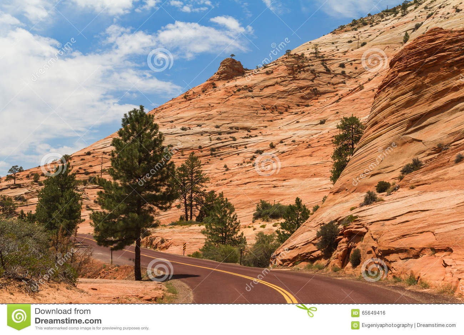 Route le long de montagne, Utah