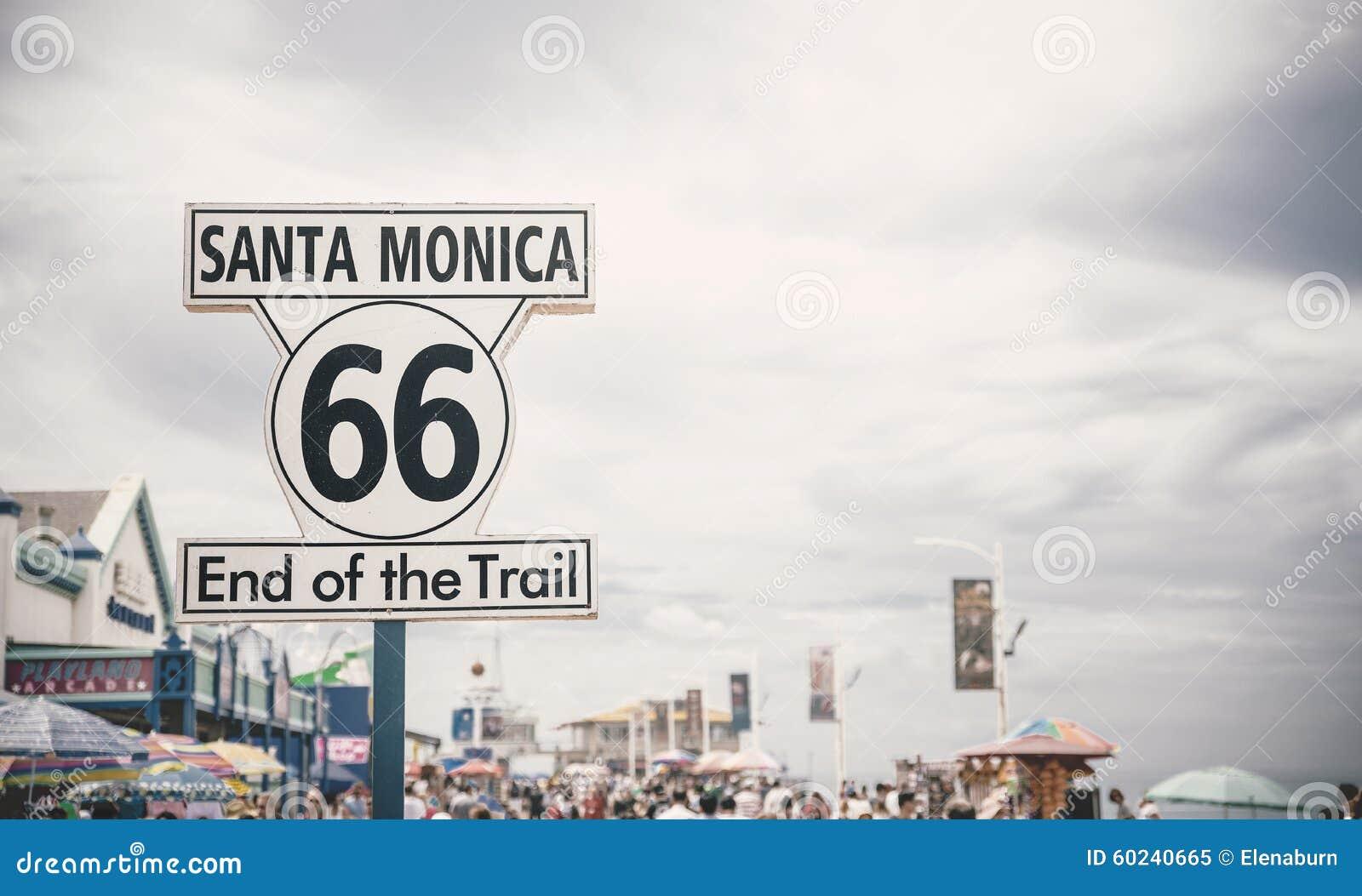 Route 66 -teken in Santa Monica Pier, Los Angeles