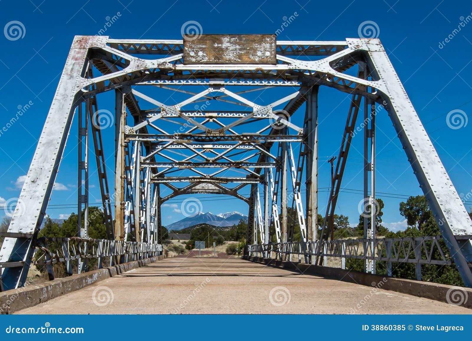 Route 66: Walnut Creek-Brug, Winona, AZ