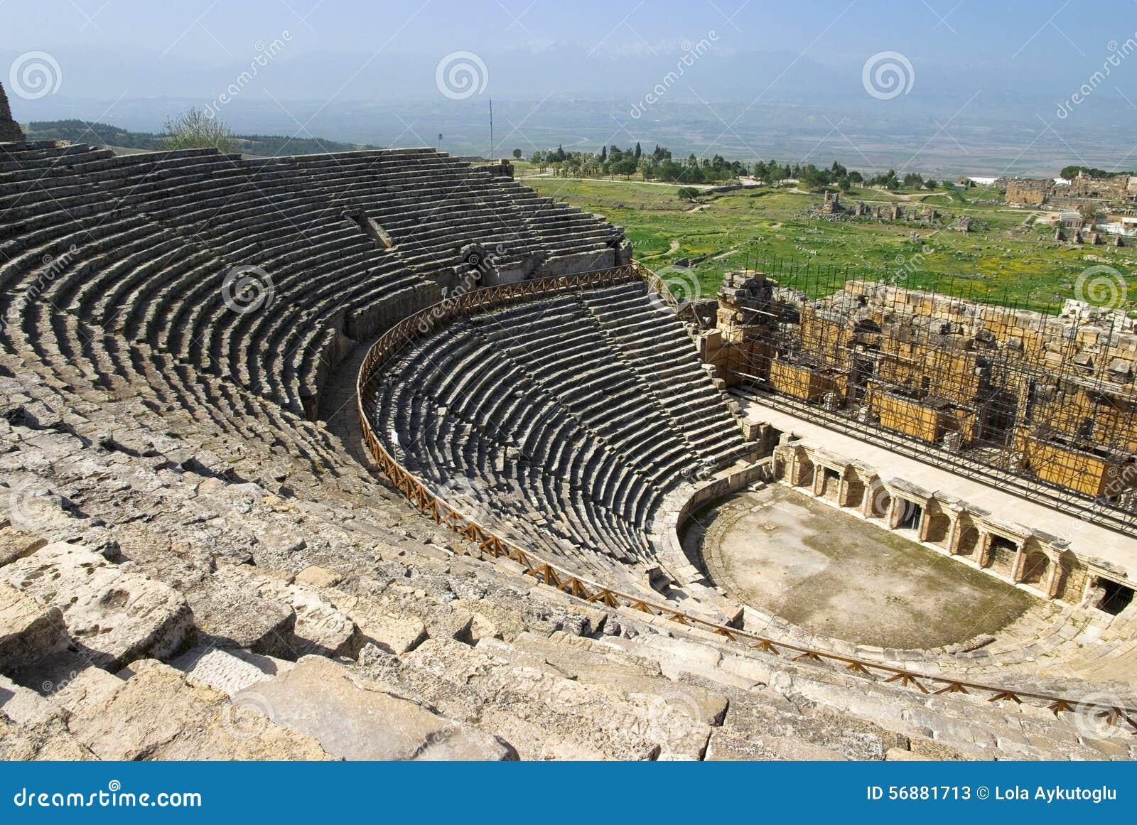 Rovine dell anfiteatro in Hierapolis, Turchia