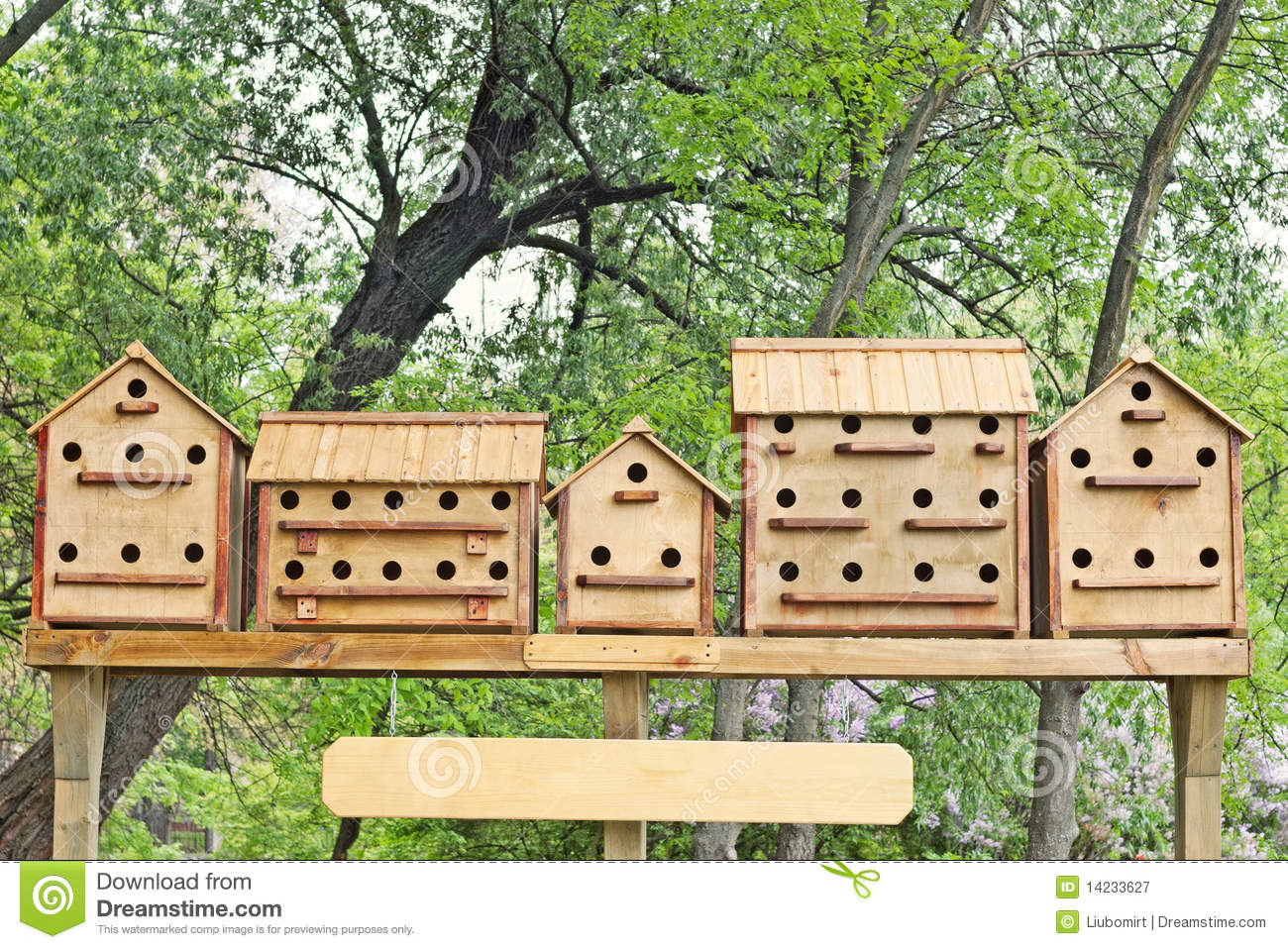 Row of birdhouses royalty free stock photography image for Different types of birdhouses