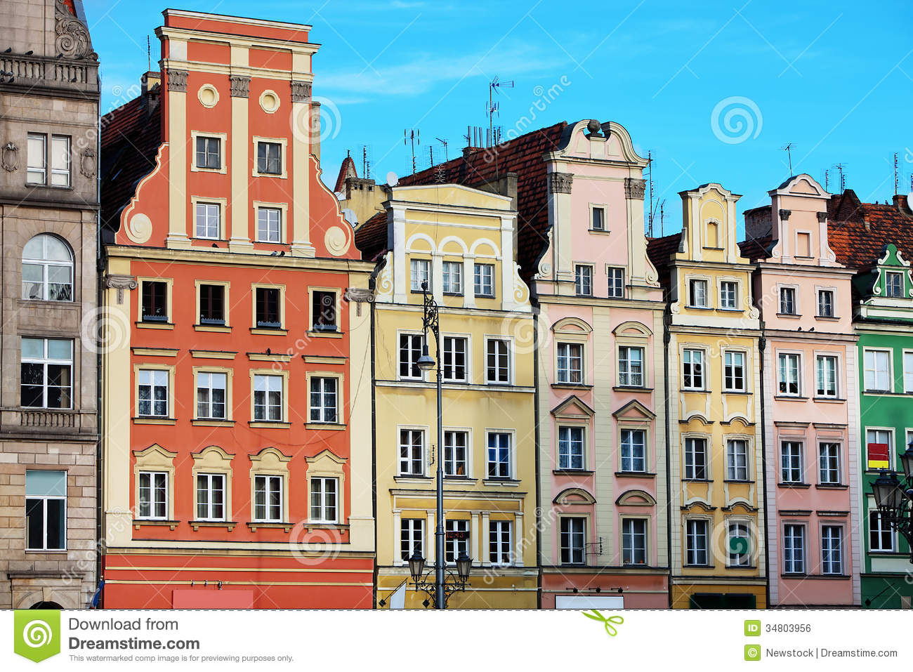 Row Houses On Market Square In Wroclaw Poland Royalty