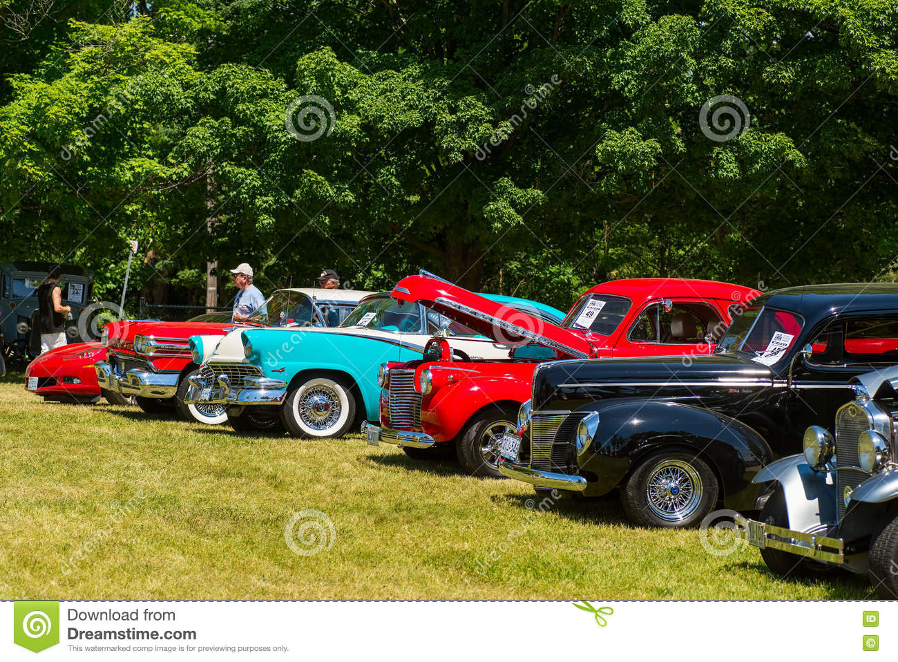 Row of old classic cars editorial stock image. Image of annual ...