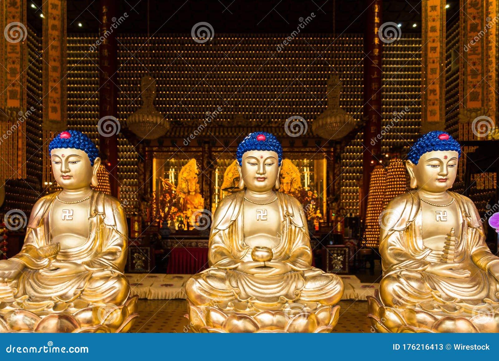Row Of Three Golden Buddha Statues In The Ten Thousand Buddhas Monastery Hong Kong Sha Tin Stock Image Image Of Golden Asia 176216413