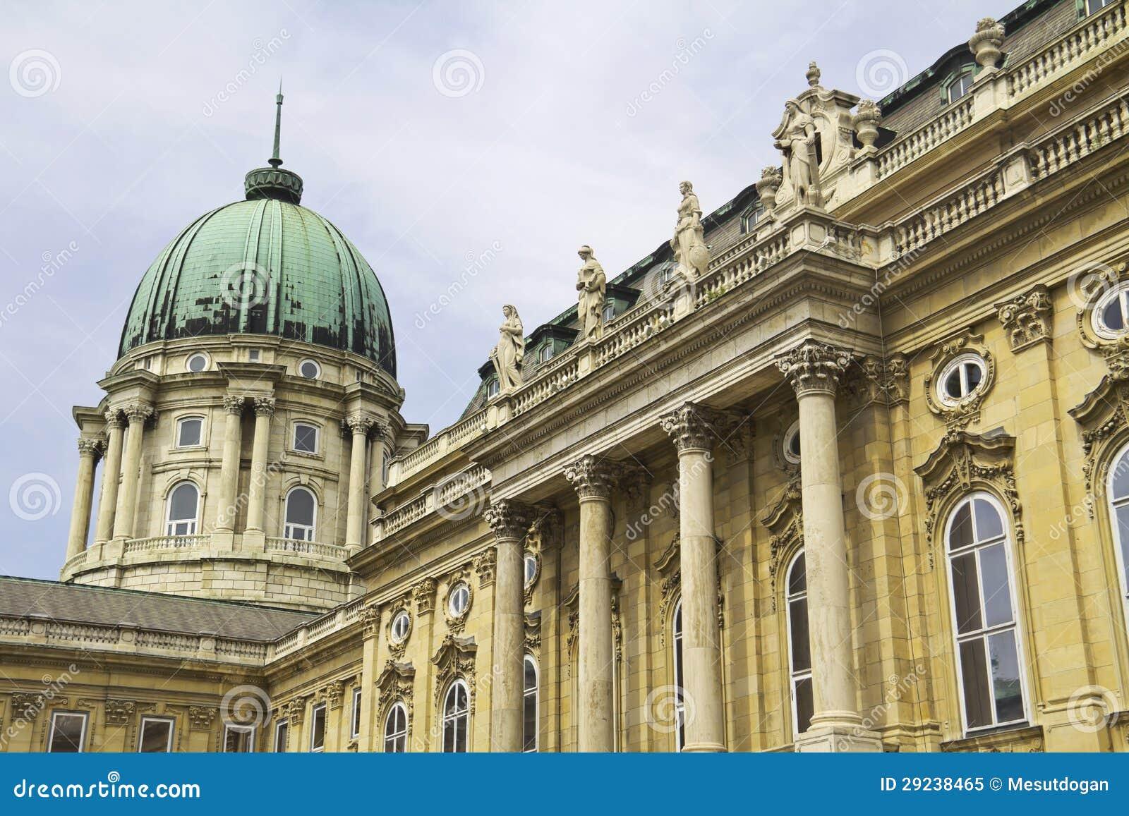 Download Royal Palace imagem de stock. Imagem de cityscape, lugar - 29238465