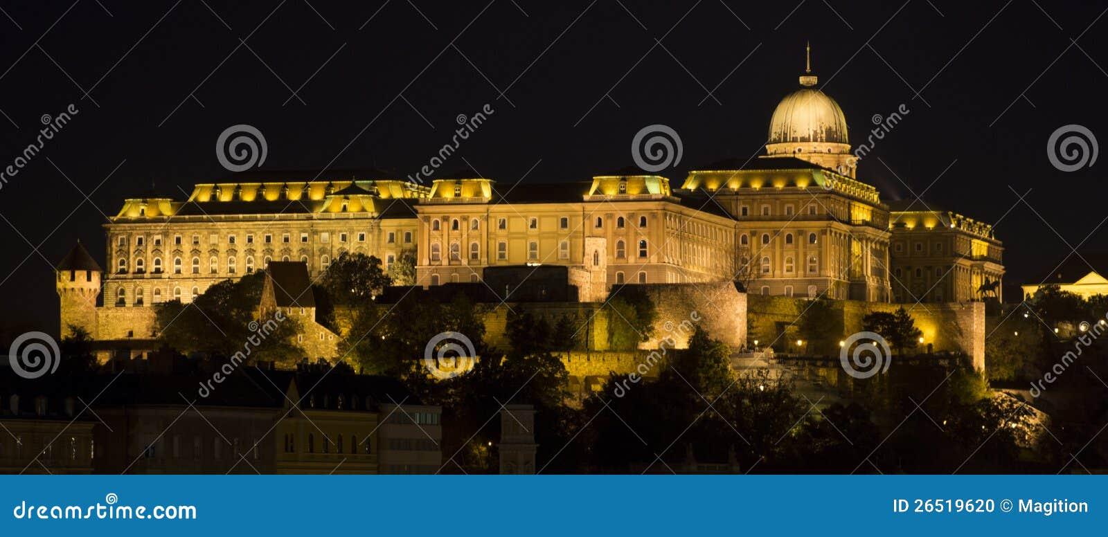 Royal Palace, Budapest na noite