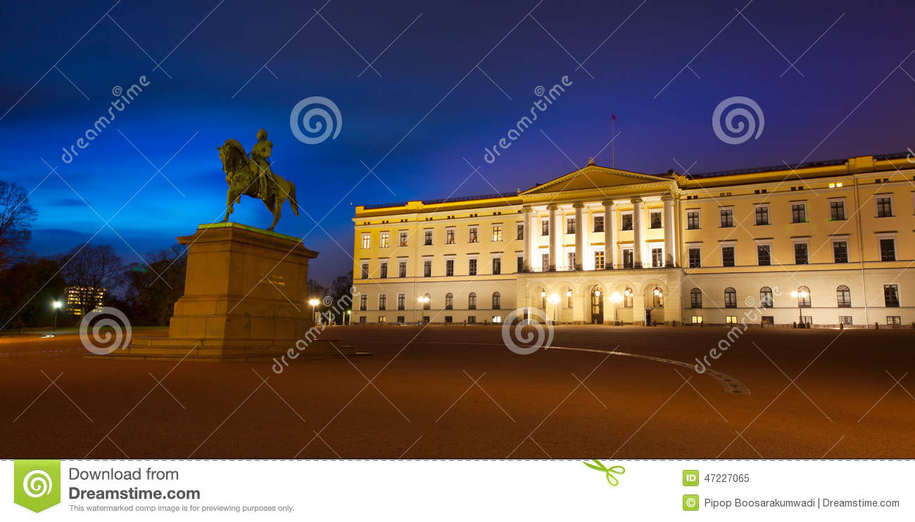 Royal Palace with Statue of King Karl Johan in Oslo, Norway.
