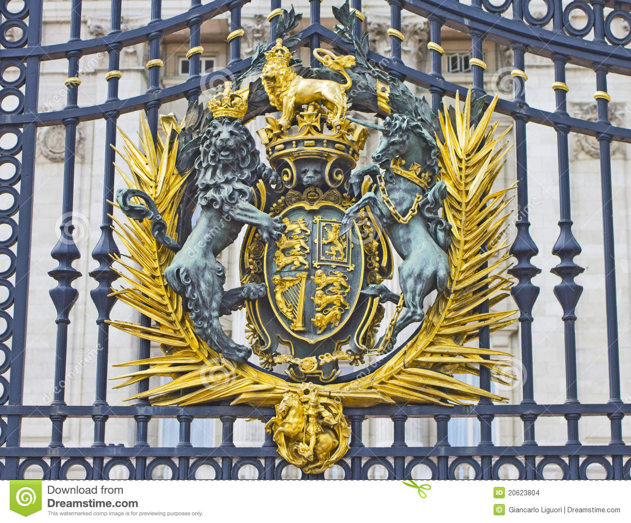 The Royal Seal In Buckingham Palace Gate Editorial Stock