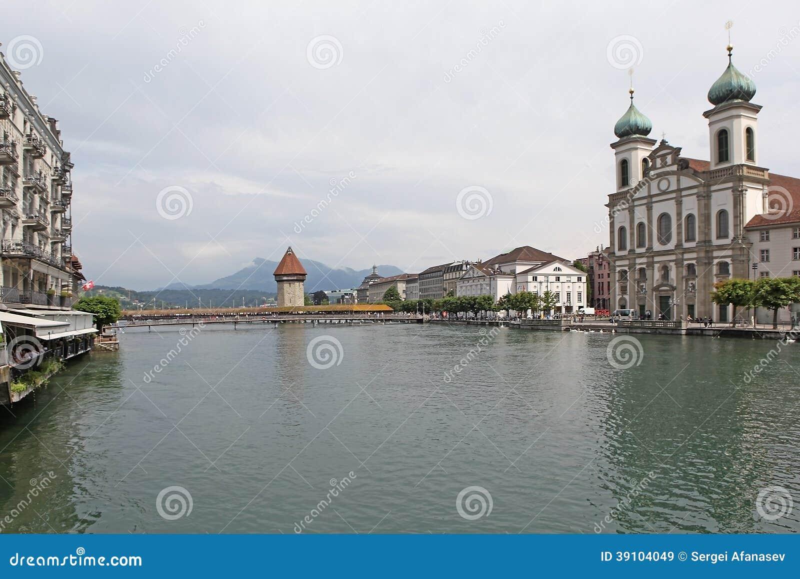 Royce in het oude deel van Luzerne
