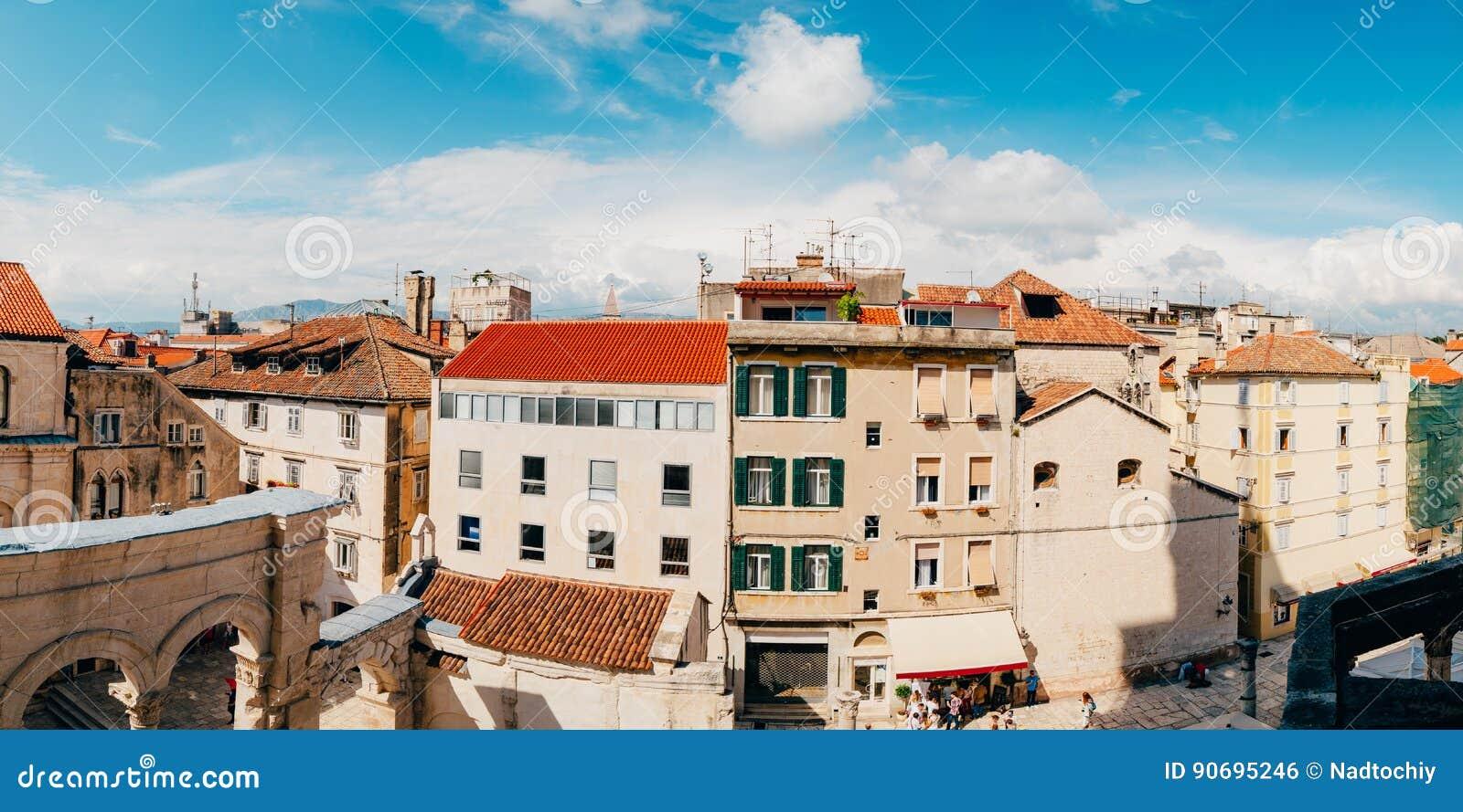 Rozłam, stary miasteczko, Chorwacja Widok od Bell wierza