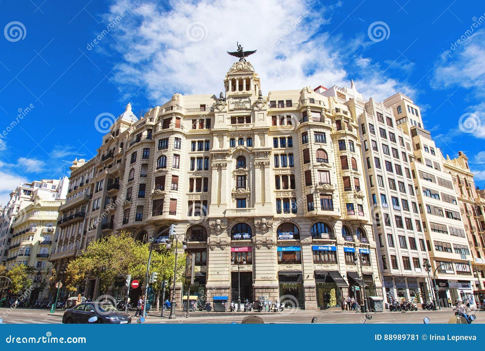 Rozdroże Carrer De Xativa Marques De Sotelo w Walencja i aleja