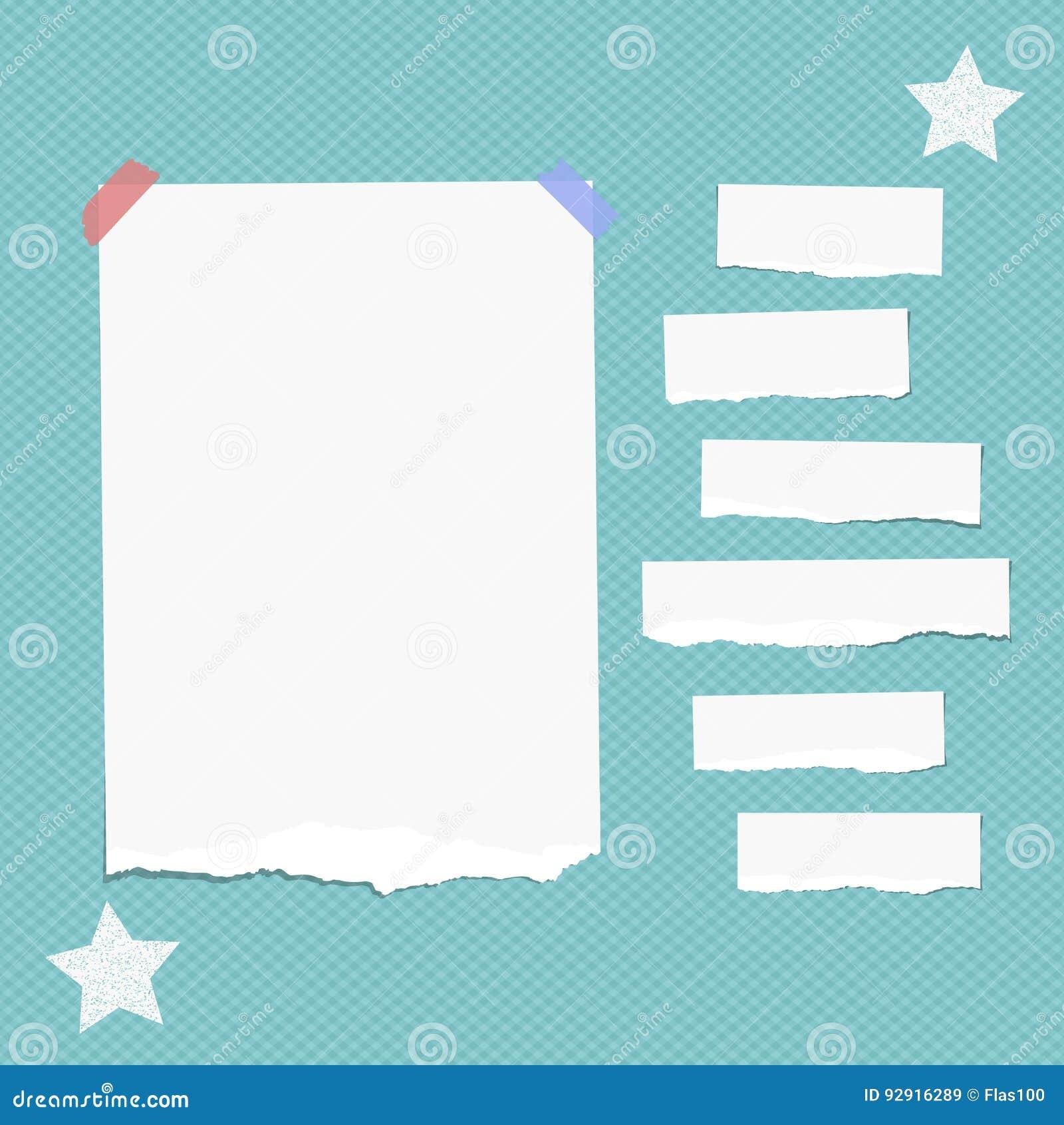 Rozdzierająca biel notatka, notatnik, copybook papierowi paski wtykający z kleistą taśmą, gra główna rolę na ciosowym błękitnym t