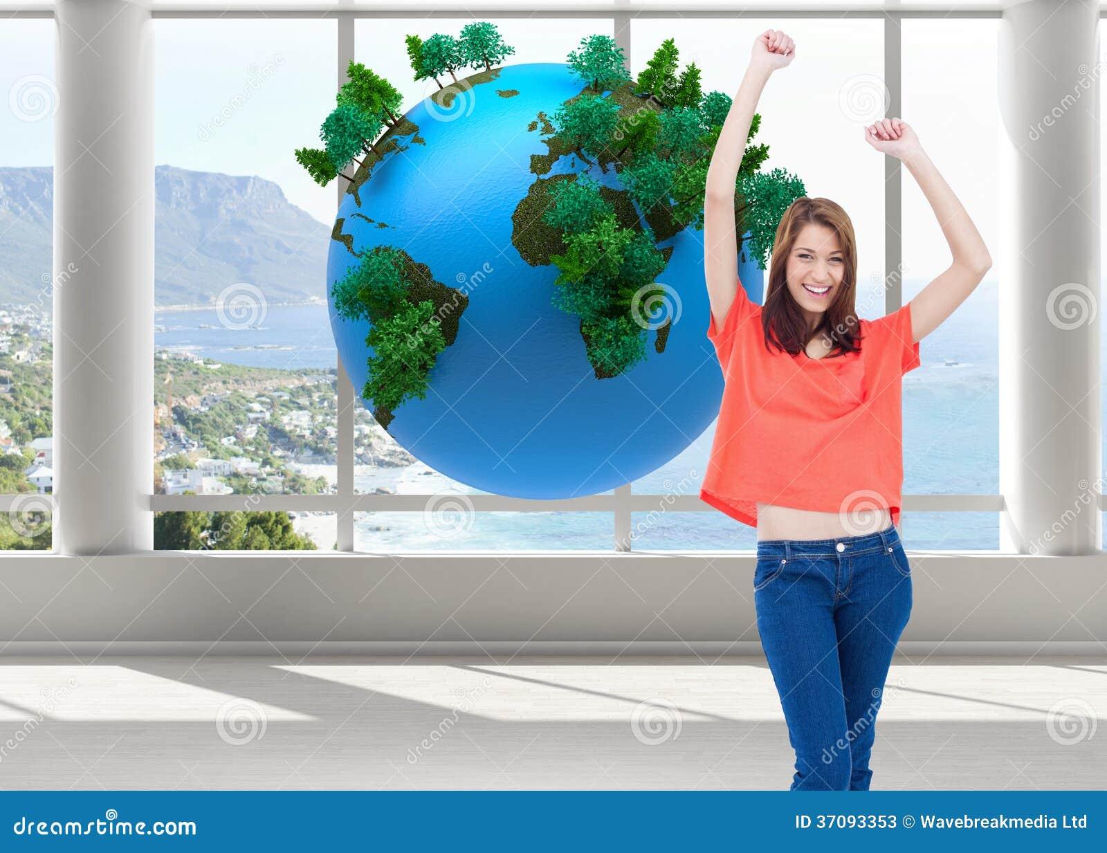 Download Roześmiani Nastoletni Jest Ubranym Przypadkowi Ubrania Podczas Gdy Podnoszący Ona Ręki Obraz Stock - Obraz złożonej z ziemia, osoba: 37093353