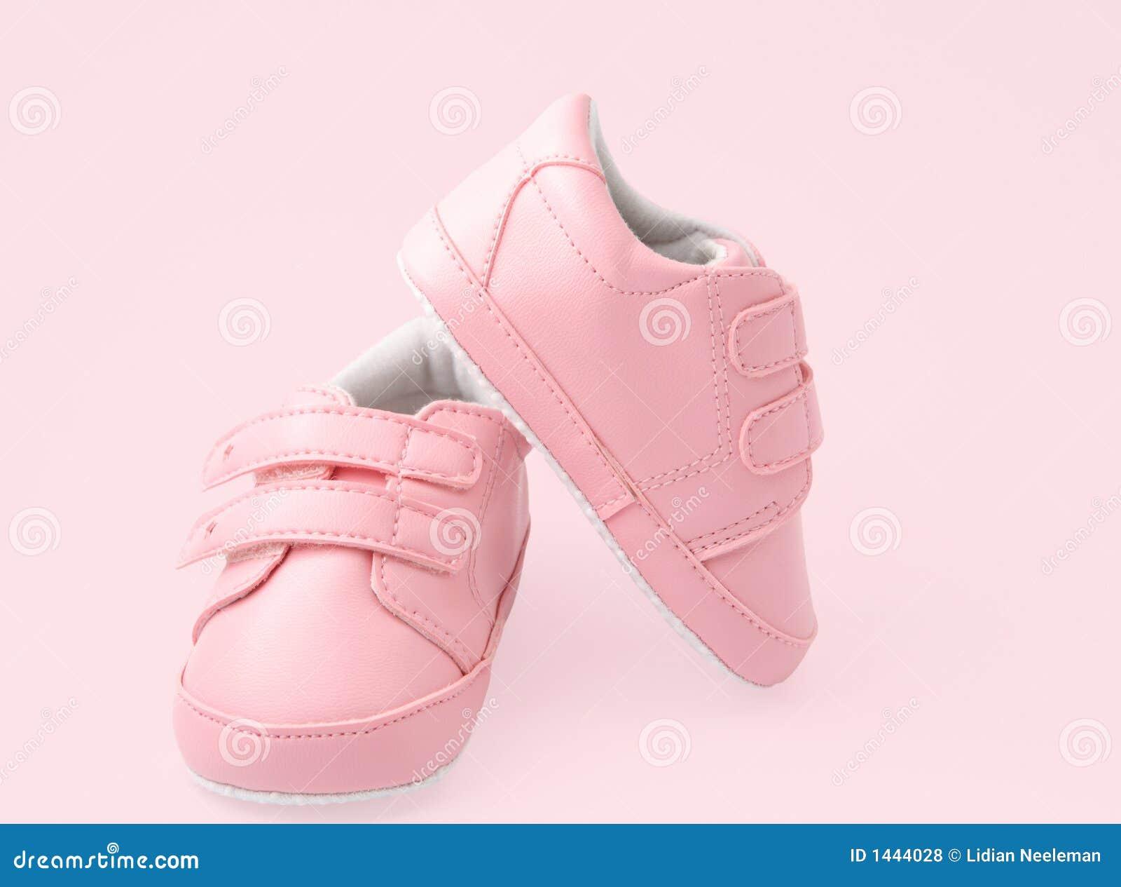 Roze babyschoenen