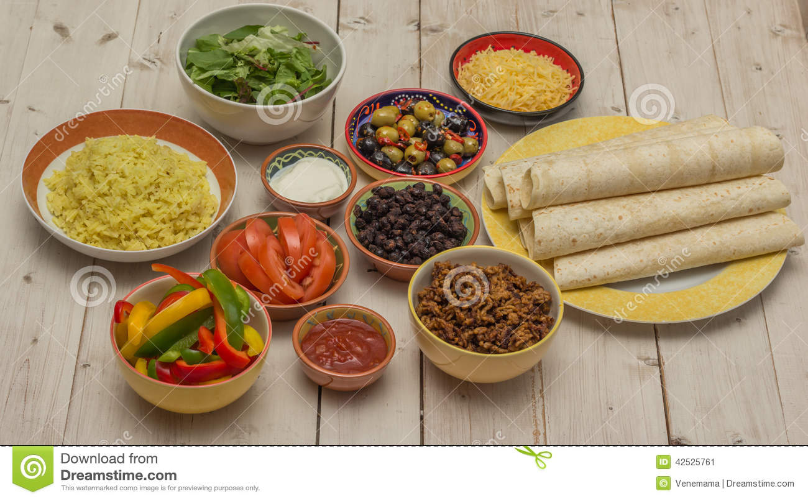 Rozmaitość składniki robić meksykańskim burritos